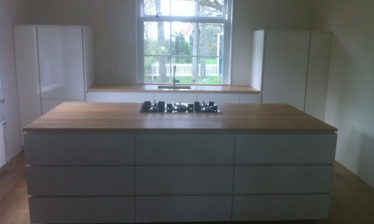 Keuken hoogglans met olijf Essen